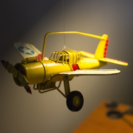 Introduction To Scale Model Aircraft Kit Building